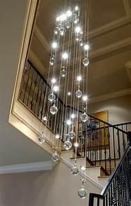 Grand Lustre Moderne : le lustre en cristal pour une touche de glamour dans l 39 int rieur ~ Teatrodelosmanantiales.com Idées de Décoration