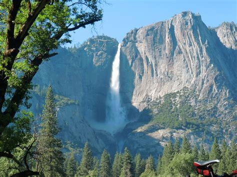 New Software Puts Yosemite Wallpaper Your Apple Hike