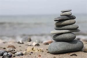 Bilder Mit Steinen : turm aus steinen foto bild stillleben arrangierte ~ Michelbontemps.com Haus und Dekorationen