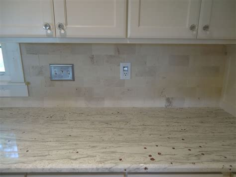 Limestone Backsplash Kitchen by Backsplash Limestone Subway Tile Would With A
