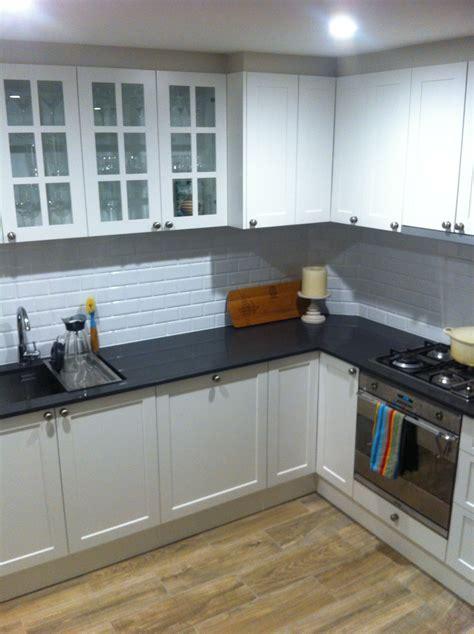 Polyurethane Kitchen Cupboards by New Kitchen Led Lights Polyurethane Cupboards In Dulux