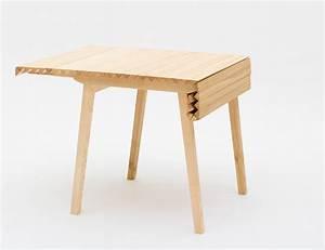 Petite Table Extensible : table extensible wooden cloth par nathalie dackelid ~ Teatrodelosmanantiales.com Idées de Décoration