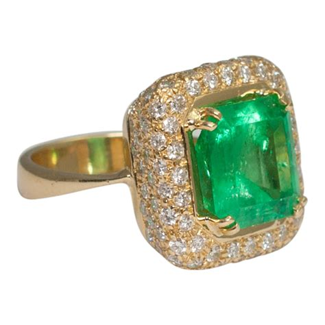ruby cabochon emerald and ring plaza jewellery