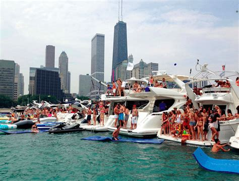 Chicago Party Boat by 5 Reasons Why The Chicago Scene Boat Party Is Going To Be