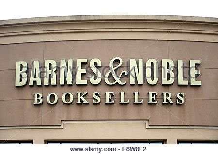 barnes and noble sign in barnes and noble bookstore entrance and sign washington