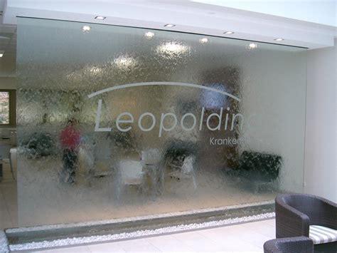 mur en verre interieur murs d eau cr 233 ation int 233 rieur et ext 233 rieur murs d eau en histoire d eau