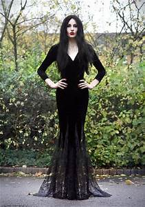 Morticia Addams | Costumes & Cosplay | Pinterest