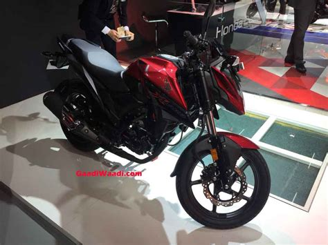 honda  blade launched  india price engine specs