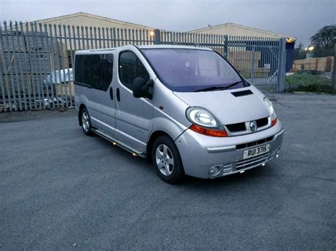 Trafic 9 Seater by Renault Traffic Mini 9 Seater Minibus Mot In