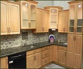 kitchen backsplash ideas for cabinets kitchen backsplash ideas with maple cabinets home design ideas