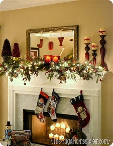 days  christmas inspiration merry mantels
