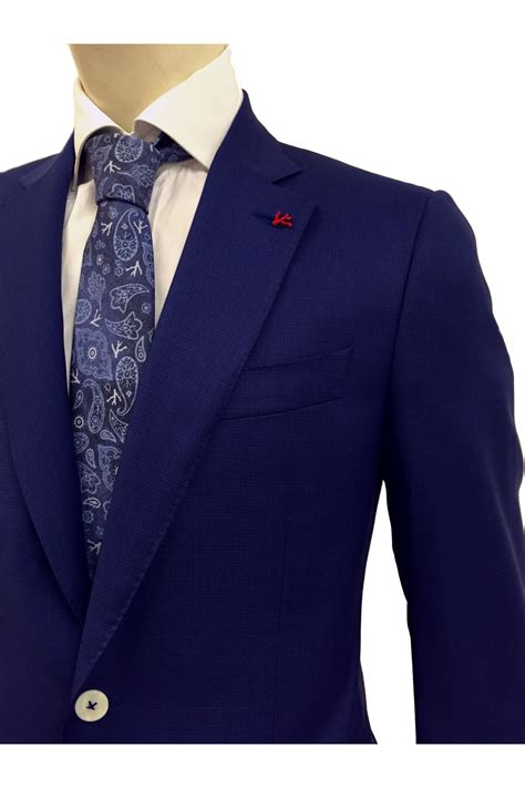 isaia suits  sale