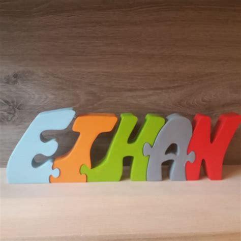 prenom sur porte chambre les 25 meilleures idées concernant prenom en bois sur