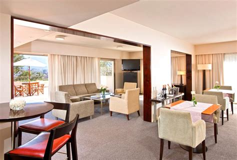 Situated on the shores of the chao phraya river, this idyllic property is home to a host of dining hotspots, meeting spaces and recreational amenities. Best Sheraton Club Lounges in the World - Points Miles ...