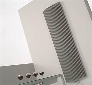 Heizkörper Niedrige Bauhöhe : design heizk rper 180 x ab 30 cm ab 791 w gebogen design ~ Michelbontemps.com Haus und Dekorationen