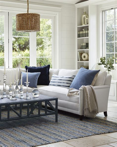 Table With Sofa by 20 Fabulous Coffee Tables How To Pair With The Right
