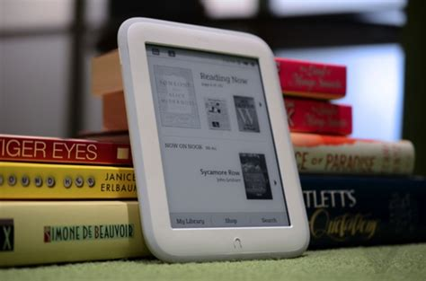 Which Ebook Reader Should You Buy? Compare Kindle