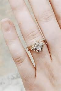 wedding ring shop best 20 engagement ring guide ideas on engagement tips engagement ring styles and