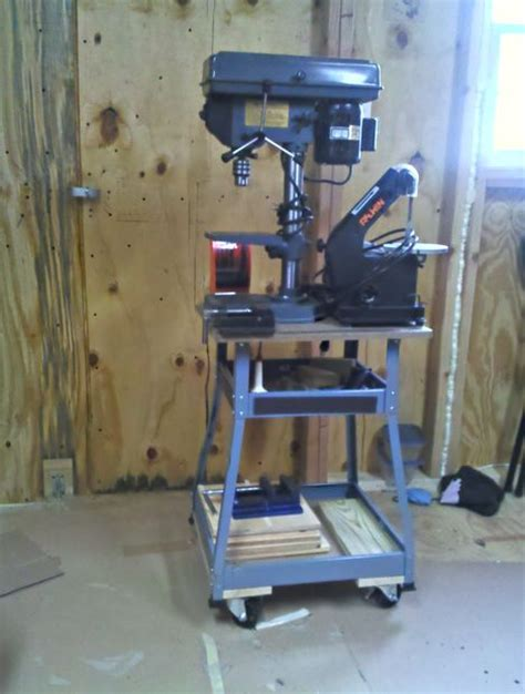 workbenches  tool carts