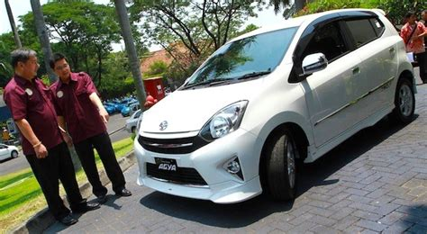 Toyota Agya Hd Picture by Indonesia October 2013 Toyota Agya Up To 4 Daihatsu