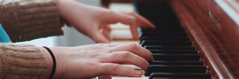 There are 1,736 job vacancies for graduate jobs in the music industry available on newsnow classifieds. 5 Great Jobs for Music Majors in 2019   Concordia University Texas