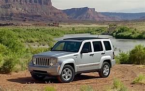 Jeep Liberty Wallpaper - WallpaperSafari