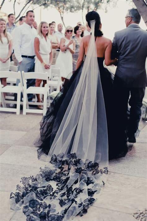 beautiful black wedding dresses   love page    puff