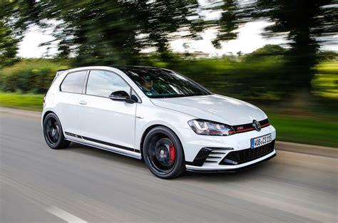 volkswagen golf gti clubsport  review  autocar