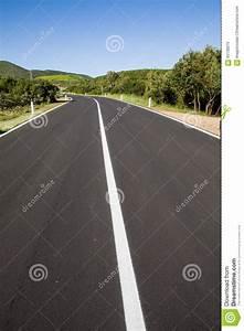 Italy. Road Markings Stock Photo - Image: 65138075