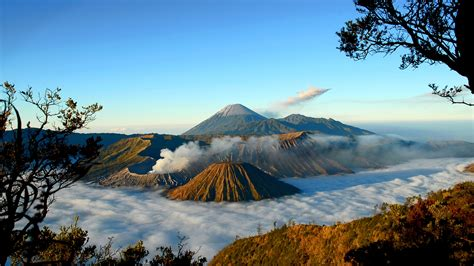 mount bromo hd wallpapers backgrounds wallpaper abyss