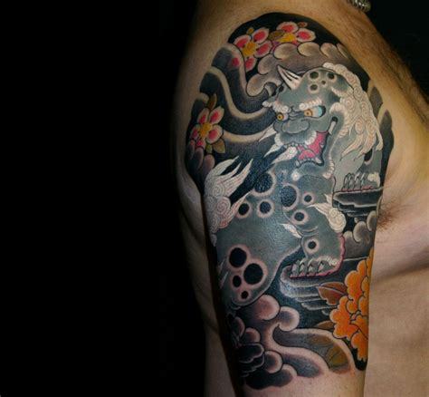 foo dog  sleeve  tattoos pinterest foo dog japanese tattoos  tattoo