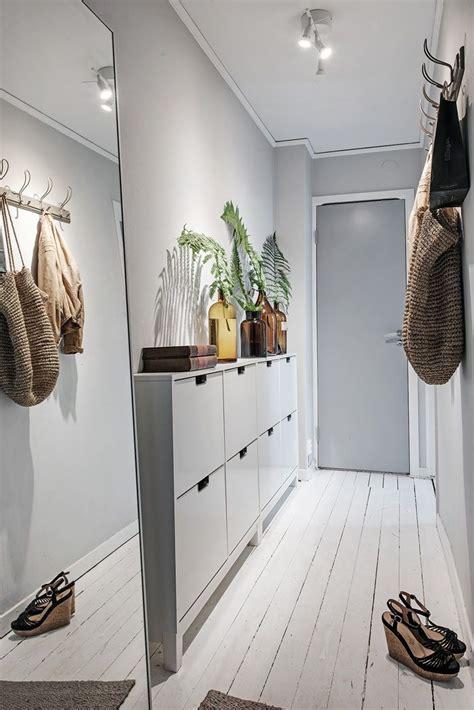 Best 25  Small foyers ideas on Pinterest   Entrance decor