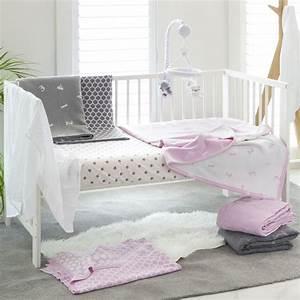 Lit Bebe Gris : couvre lit b b toile gris de playgro sur allob b ~ Teatrodelosmanantiales.com Idées de Décoration