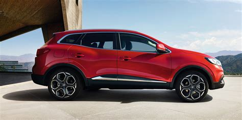 renault suv renault kadjar suv unveiled photos 1 of 19