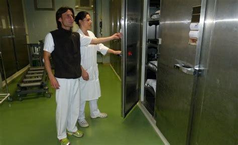 chambre des metiers evreux a la chambre mortuaire du chu de rouen quot un métier