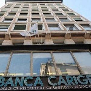 Carige Sede Genova Carige Taglia Mille Dipendenti E 120 Filiali Risparmi In