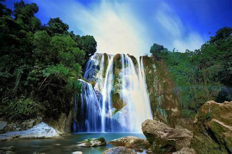 air terjun nglirip tuban  legenda  balik keindahannya