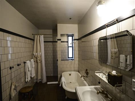 small bathroom layouts hgtv