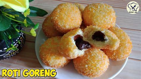 Siapkan loyang dan juga beri taburan tepung terigu. Resep Roti Goreng Isi Coklat Crispy Di Luar Lembut Di Dalam - YouTube
