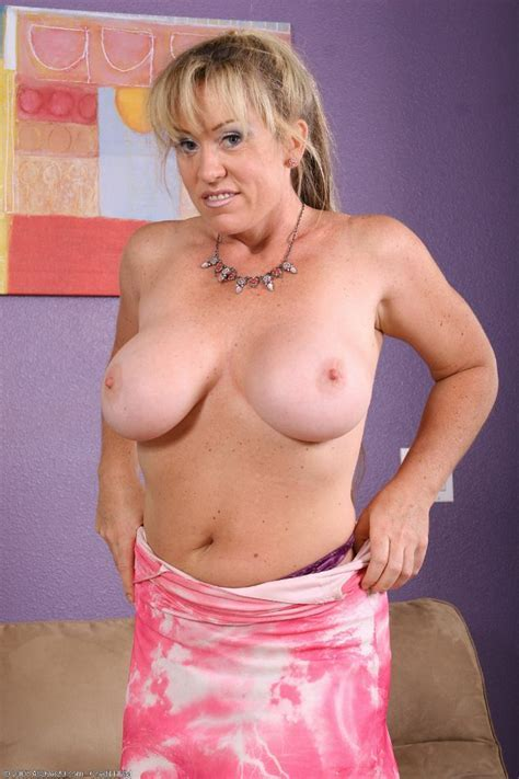 All Over Free Busty Mature Babe Anita