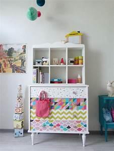 Meuble Chambre Bébé : commode chambre b b personnalis d 39 apr s un vieux meuble de famille chambre d 39 enfant ~ Teatrodelosmanantiales.com Idées de Décoration
