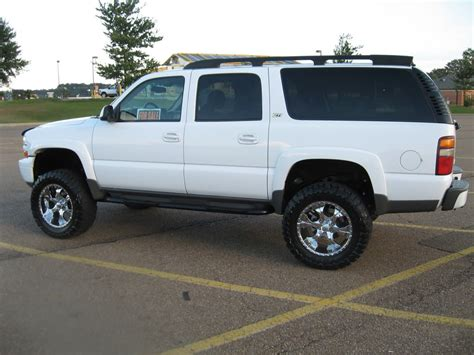 fs  chevy suburban   lift  tires immaculate high whips chevy vehicles