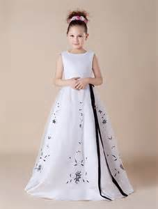 gowns for weddings aliexpress buy lovely cap sleeves embroidery black white flower dresses