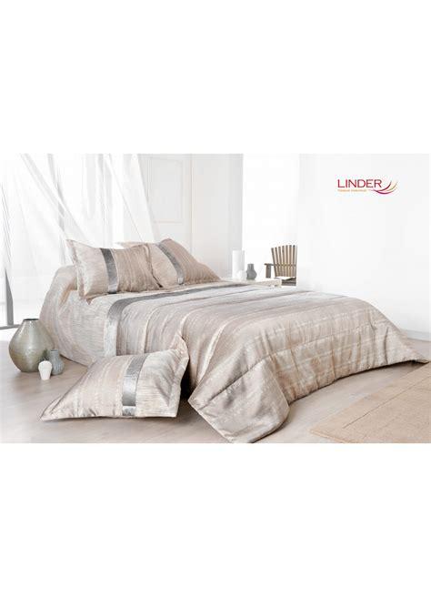 jeté de canapé gris perle jeté de lit ouatiné irisé avec taie d oreiller brun