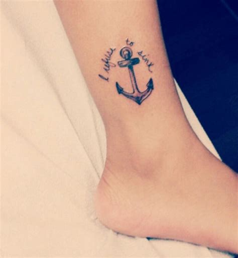 tatouage cheville femme photo