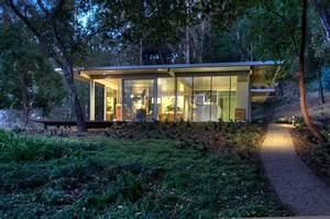 Modular Glass Guest House