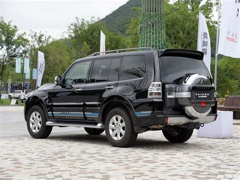 Due to the name pajero roughly translating to wanker in spanish. 2020 Mitsubishi Pajero Specs, Changes, Redesign - 2020 ...