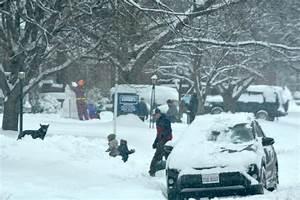 Area residents make of snow-filled weekend   RiverBender.com