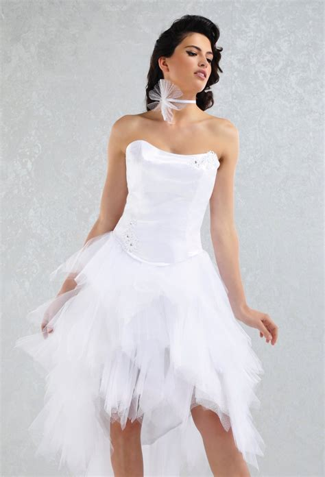 robe de mariage noir et blanche robe de mari 233 e blanche et noir