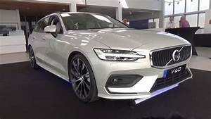 Volvo V60 2018 : volvo v60 2018 premiera najnowszego volvo dzie otwarty w salonie youtube ~ Medecine-chirurgie-esthetiques.com Avis de Voitures